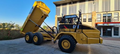 Parts, Components and repairs on earthmoving equipment